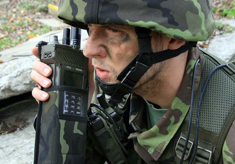 DICOM RF23 – EPM handheld transceiver